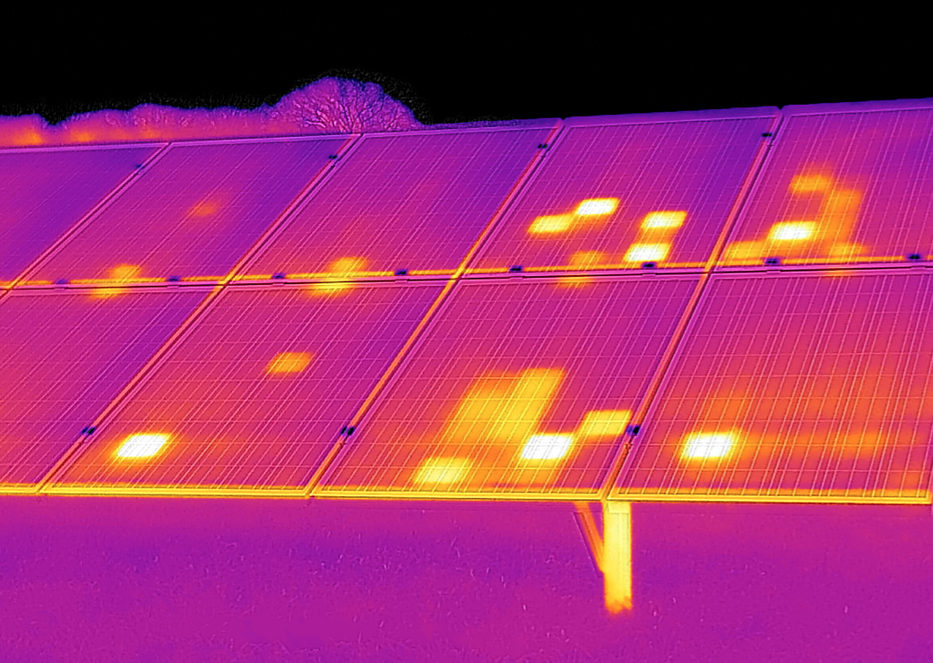 Using Infrared Thermography To Evaluate Solar Panel